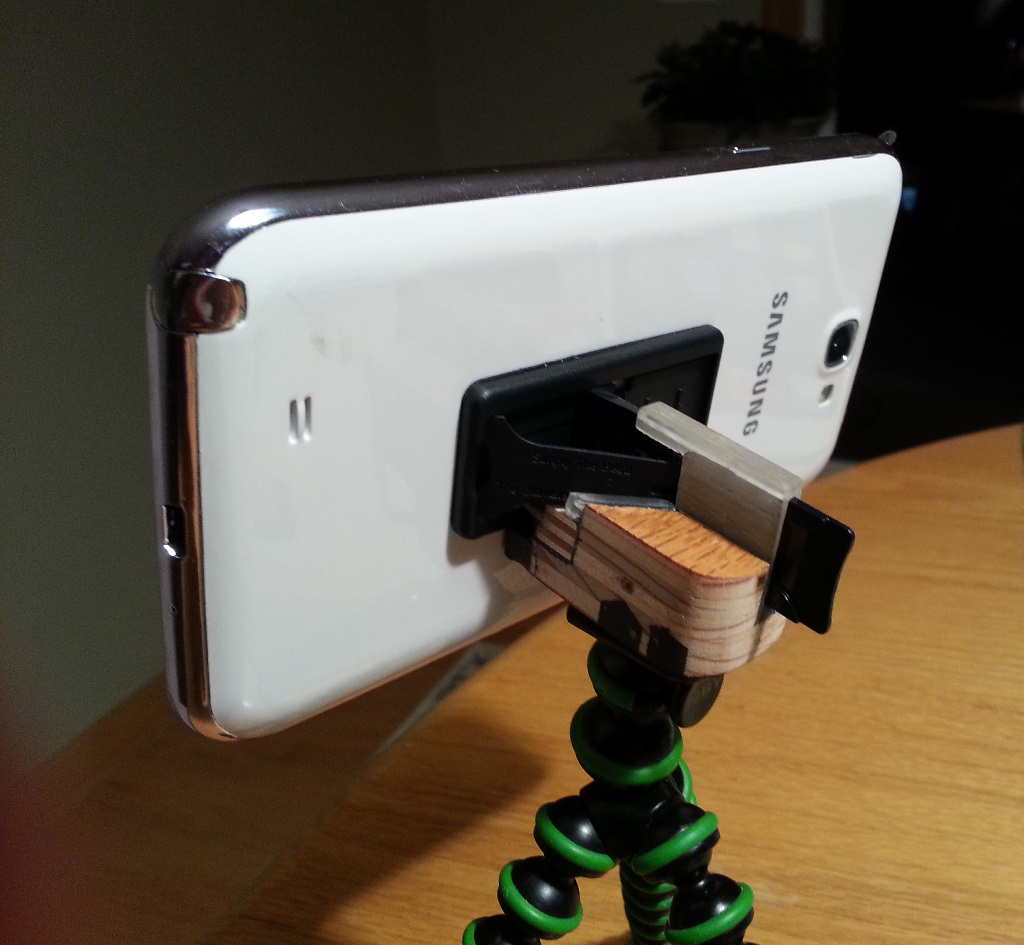 Tripod Mount on Samsung Note 2
